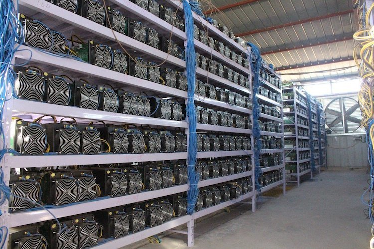 ビットコインのマイニング工場